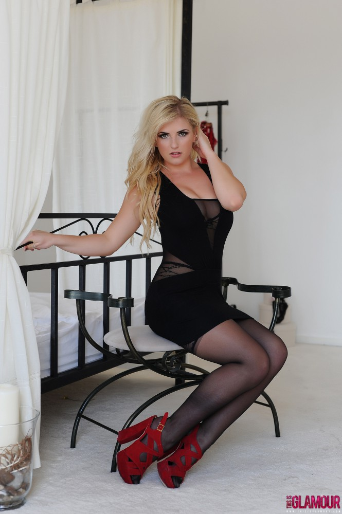 Robyn Lambert – Black Dress And Stockings