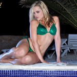 Alexis Texas – Green Bikini In The Pool - 0