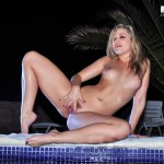 Alexis Texas – Green Bikini In The Pool - 17