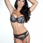 Alice Goodwin Sat Down Playing With Her Big Bangers - 20