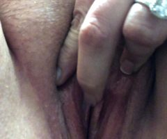 A Nice Grooly Orgasm At Work On Break
