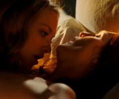 Amanda Seyfried Pleasuring Julianne Moore In Chloe