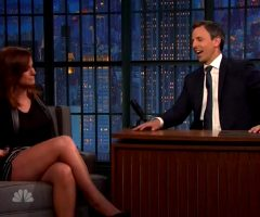 Amy Poehler Showing Her Legs