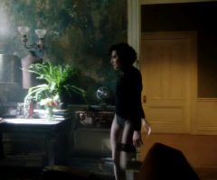 Aubrey Plaza Back Plot. Can Anyone Find Or Create A Better Quality And Lightened Version?