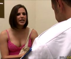 "Bobbi Starr – ""A Big Luggage Claim"""