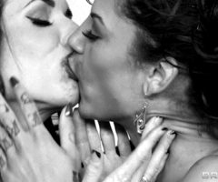 Bonnie Rotten And Veronica Avluv – Real Wife Stories – Brazzers (5 gifs)