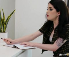 Evelyn Claire – Cock For Art's Sake