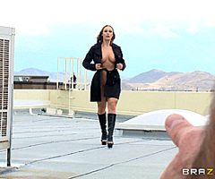 Nicole Aniston – Trapped And Fucked – Brazzers (6 gifs)