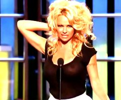 Pamela Anderson See-through Shirt At Her Comedy Central Roast
