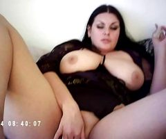 Russain babe get orgasm on Fuck machine The Sybian