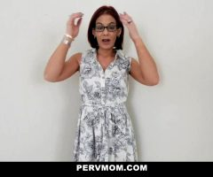Stepmom Sucks My Cock For Therapy