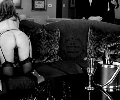 Theerotictrip – An Intimate Gathering