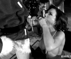 Veronica Avluv – She's Gonna Squirt – Brazzers (8 gifs)