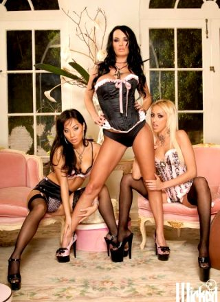 Alektra Blue Breanne Benson And Asa Akira In Hot Threesome