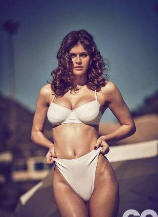Alexandra Daddario – Uncropped, No Text
