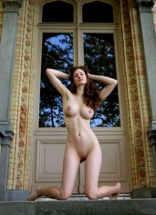 Femjoy Susann – Tradition