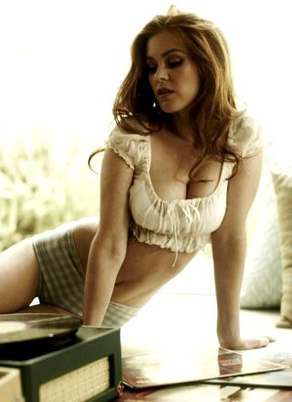 Isla Fisher Is Hot As Fuck