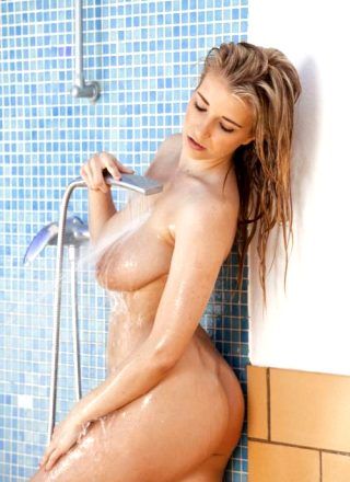 Jodie Piper – Cranking Up The Heat