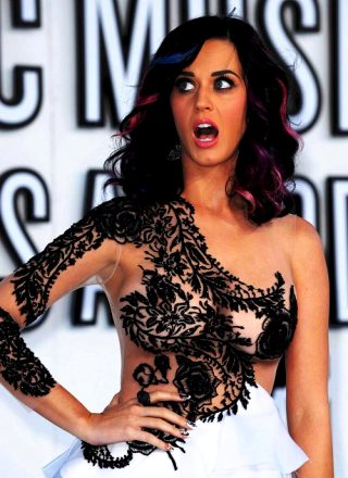Katy Perry Nipslip!