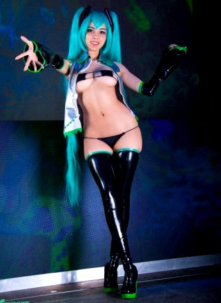 Swimsuit Succubus As Hatsune Miku
