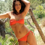 http://londonpussy.com/wp-content/gallery/000485_jessica_spencer_-_orange_bikini/jessica-spencer_orange-bikini_51051.jpg
