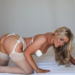 http://londonpussy.com/wp-content/gallery/000685_brandy_brewer_-_white_bridal_lingerie/brandy-brewer_white-bridal-lingerie_50161.jpg