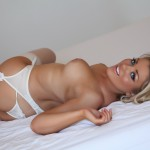 http://londonpussy.com/wp-content/gallery/000685_brandy_brewer_-_white_bridal_lingerie/brandy-brewer_white-bridal-lingerie_50263.jpg