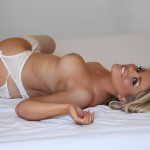 http://londonpussy.com/wp-content/gallery/000685_brandy_brewer_-_white_bridal_lingerie/brandy-brewer_white-bridal-lingerie_50264.jpg