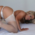 http://londonpussy.com/wp-content/gallery/000685_brandy_brewer_-_white_bridal_lingerie/brandy-brewer_white-bridal-lingerie_50299.jpg