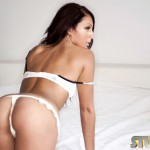 http://londonpussy.com/wp-content/gallery/000740_charlie_oneal_-_white_lingerie/charlieoneal-33-03.jpg