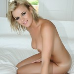 Amy Green – Naked On Her Bed - 4