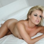 Amy Green – Naked On Her Bed - 14
