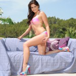 Kat Dee Stripping Nude From Pink Bikini By The Pool - 6