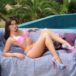Kat Dee Stripping Nude From Pink Bikini By The Pool - 9