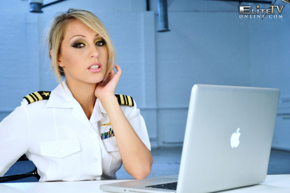 Charlie Oneal – Captain On Duty
