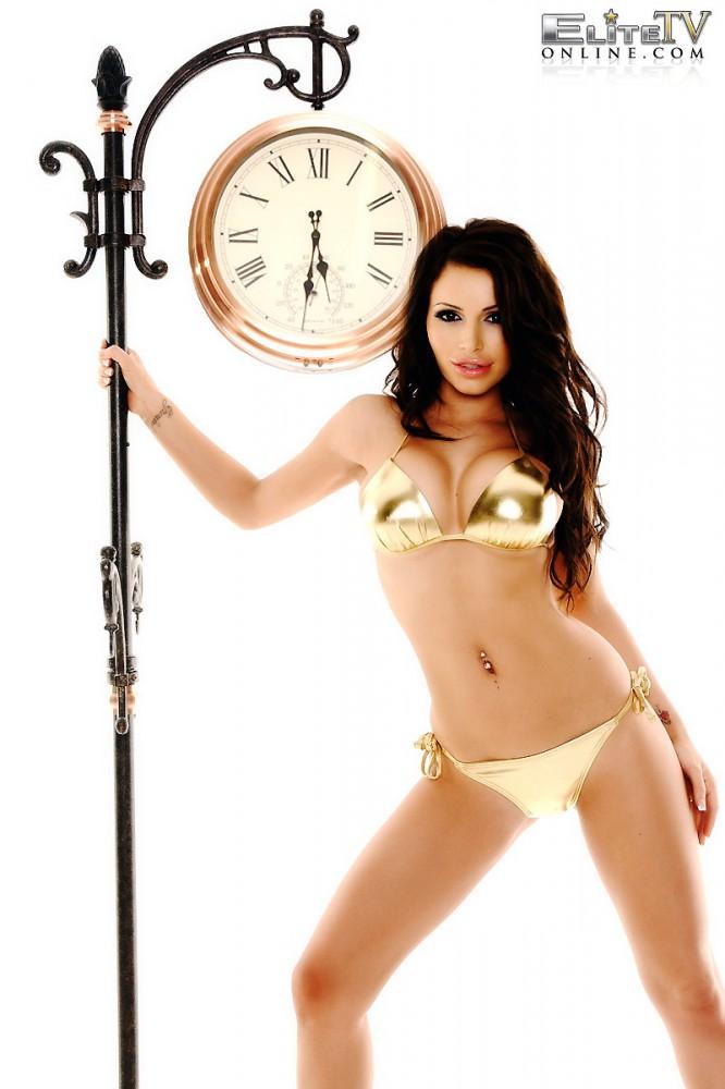 Gemma Massey – Golden Bikini