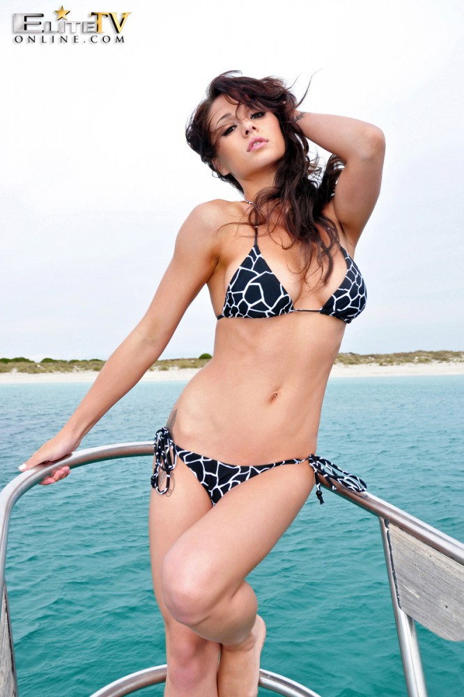 Mica Martinez – On The Yacht