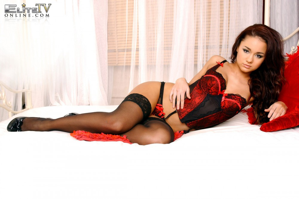Mica Martinez Black And Red Lingerie