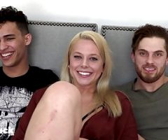 2 HORNY STRAIGHT GUYS FOOL AROUND FOR SOME AMAZING PUSSY IN