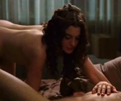 Anne Hathaway In 'Love & Other Drugs'