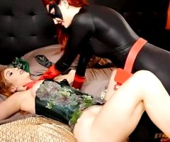 Batwoman vs Poison Ivy 2