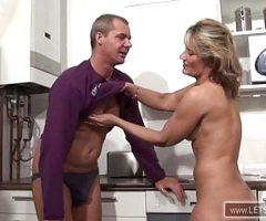 Der Mittagsfick Hausfrau