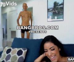 Mia Martinez – Mia Takes The Biggest Dick Ever 11/25