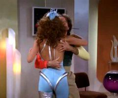 Raquel Welch Skintight Spacesuit Plot On Mork & Mindy