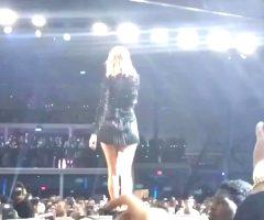 Taylor Swift Bending Over