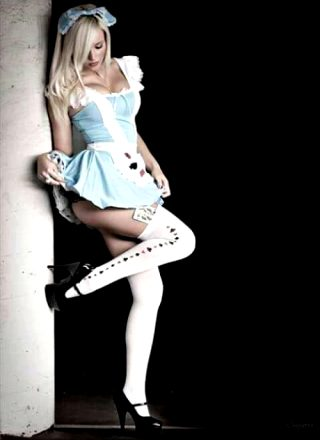 Alice Cosplay By Unknown Cosplayer