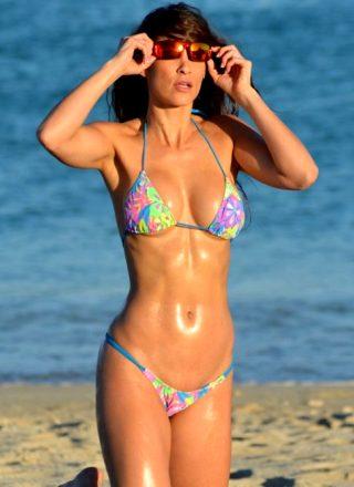 Anais Zanotti On The Beach