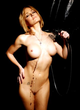 Angela Sommers – Golden