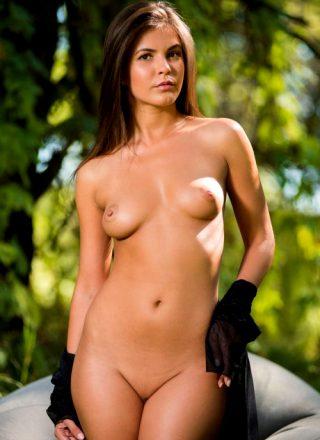 Arina B Nude Beauty