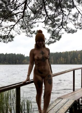 Cold Won't Stop Me From Getting Naked In Pretty Places